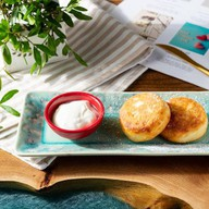 Сырники с малиновой начинкой Фото