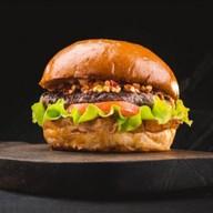 Бургер с говядиной и грибами Фото