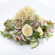 Овощной салат с крабовым мясом Фото