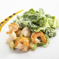 Салат с гребешком и креветками Фото
