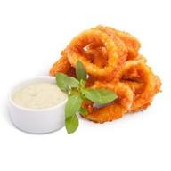 Кольца кальмара с сырно-чесночным соусом Фото