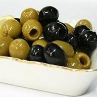 Оливки\маслины Фото