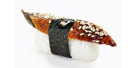 Суши с угрём - Фото