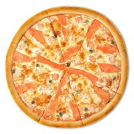 Пицца с семгой и креветками Фото