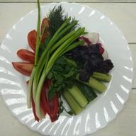 Овощи свежие вприкуску Фото