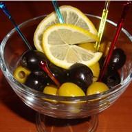 Маслины да оливки нездешние Фото