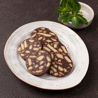 Шоколадная колбаска с печеньем Фото