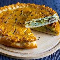 Пирог со свининой и картофелем Фото