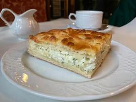 Пирог с сыром сулугуни - Фото