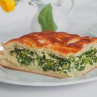 Пирог с зеленым луком Фото