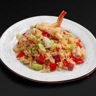 Рис по-тайски с кальмарами Фото