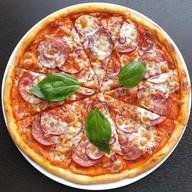 Пицца Кампаньола Фото