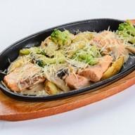 Горбуша в сливочном соусе Фото