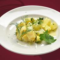Картофель отварной с укропом Фото