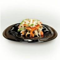 Салат с курицей и авокадо Фото