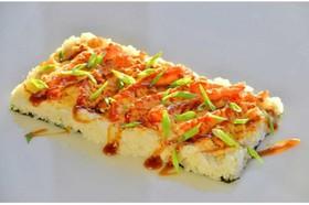 Суши-пицца с креветкой - Фото