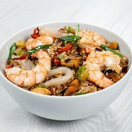 Вок с морепродуктами (рис) Фото
