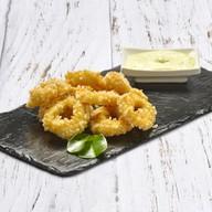 Кольца кальмара с чесночным соусом Фото