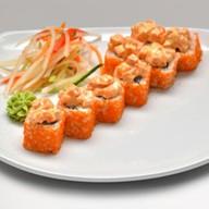 Ролл тар-тар из лосося Фото