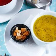 Куриный суп с буковками и гренками Фото