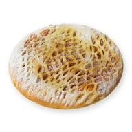 Пирог с яблоком, изюмом и грецким орехом Фото