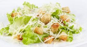 Цезарь классический салат - Фото