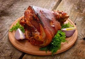 Нога свинины запечённая целиком - Фото