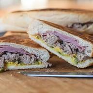 Кубанос сэндвич Фото