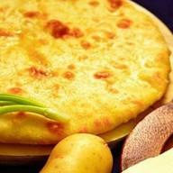 Осетинский пирог с картофелем картофджин Фото