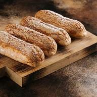 Пирожное Эклер классический Фото