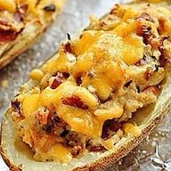 Potato skins с курицей и грибами Фото