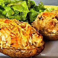 Potato skins с сыром и беконом Фото