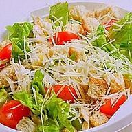 Цезарь с индейкой салат Фото