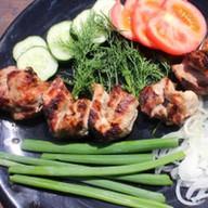 Шашлык из свинины с овощами Фото