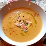 Суп-пюре овощной с сёмгой Фото
