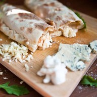 5 сыров кальцоне Фото