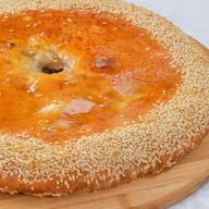 Пирог осетинский с грибами и сыром Фото