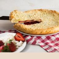 Пирог с клубникой с творогом Фото