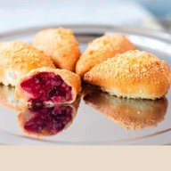 Пирожок с грушей и клюквой (за сутки) Фото