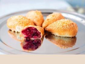 Пирожок с грушей и клюквой (за сутки) - Фото