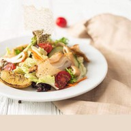 Салат с кальмарами на мангале Фото