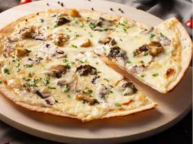 Пицца с лесными грибами - Фото