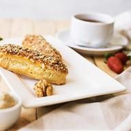 Эклеры с кремом из грецкого ореха Фото