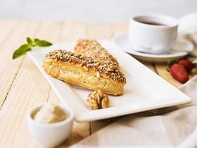 Эклеры с кремом из грецкого ореха - Фото