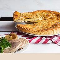 Пирог с языком и картофелем Фото