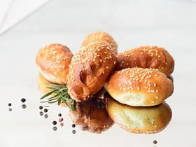 Пирожок с мясом (заказ за сутки) - Фото