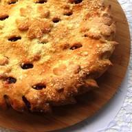 Пирог с яблоком с корицей Фото
