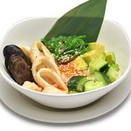 Поке боул с морепродуктами Фото