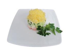 Салат-коктейль с ветчиной и сыром - Фото