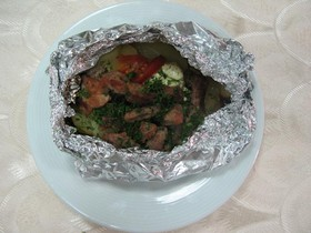 Свинина, запеченная в фольге с картофеле - Фото